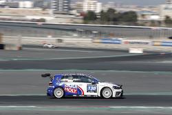 #130 Liqui Moly Team Engstler Volkswagen Golf GTi TCR: Luca Engstler, Florian Thoma, Benjamin Leucht