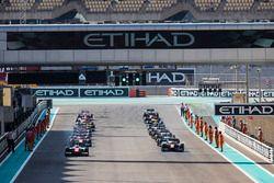 Джордан Кинг, MP Motorsport, и Александр Элбон, ART Grand Prix