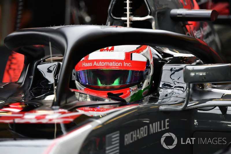Antonio Giovinazzi, Haas F1 Team VF-17 and halo