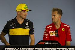 Nico Hulkenberg, Renault Sport F1 Team and Sebastian Vettel, Ferrari in the Press Conference