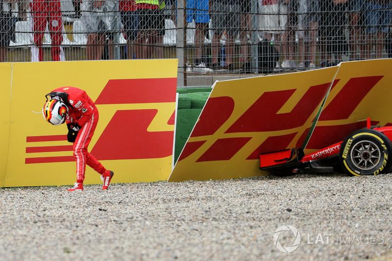 GP Jerman: Tersingkir setelah kecelakaan saat memimpin balapan