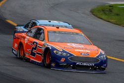 Brad Keselowski, Team Penske, Ford Fusion Autotrader and Kevin Harvick, Stewart-Haas Racing, Ford Fusion Busch Beer