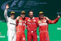 Победитель Себастьян Феттель, Ferrari, второе место – Валттери Боттас, Mercedes AMG F1, третье место