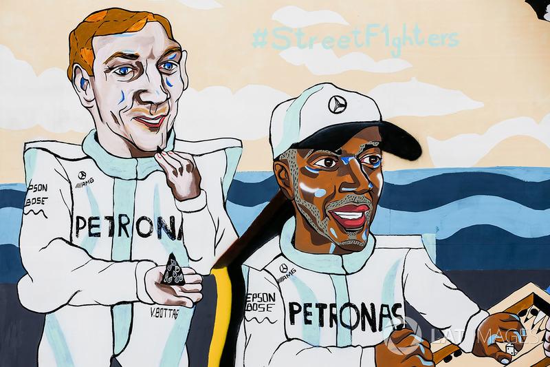 Obra que representa a Valtteri Bottas, Mercedes AMG F1 y Lewis Hamilton, Mercedes AMG F1