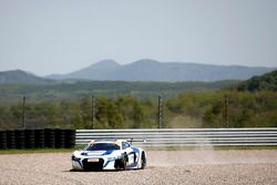 Audi R8 LMS №6 команды Phoenix Racing: Оскар Тунхо, Иван Лукашевич