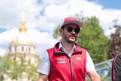 Daniel Abt, Audi Sport ABT Schaeffler, caminando por la pista