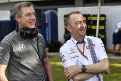 Tim Goss, director técnico de McLaren, Paddy Lowe, accionista de Williams y director técnico
