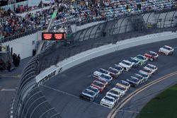 Ryan Truex, Kaulig Racing, Bar Harbor / Sea Watch International Chevrolet Camaro, Tyler Reddick, JR Motorsports, BurgerFi Chevrolet Camaro, restart