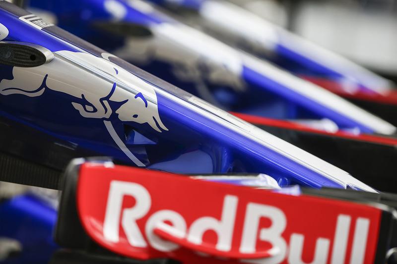 Alerón delantero del Scuderia Toro Rosso
