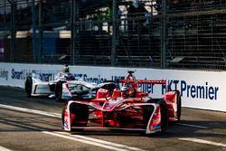 Jerome D'Ambrosio, Dragon Racing, leads Neel Jani, Dragon Racing