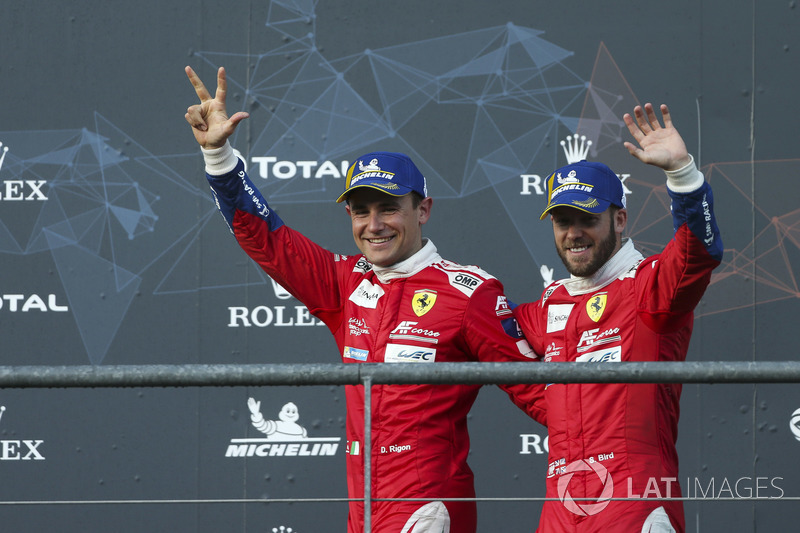 Podio LMGTE Pro: al terzo posto #71 AF Corse Ferrari 488 GTE EVO: Davide Rigon, Sam Bird