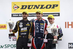 Jack Goff, Eurotech Racing Honda Civic, Tom Ingram, Speedworks Motorsport Toyota Avensis and Chris Smiley, BTC Norlin Honda Civic