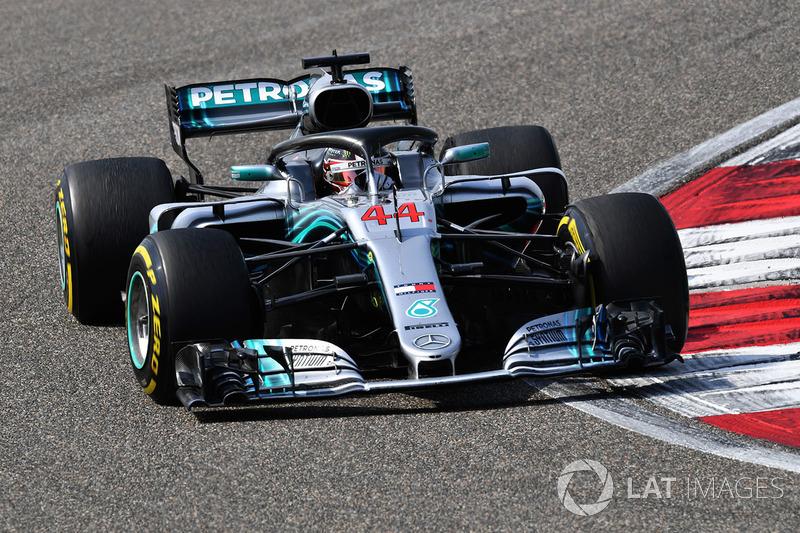 Hamilton valt terug in de eerste ronde