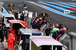 Финиш: Макс Ферстаппен, Red Bull Racing RB14