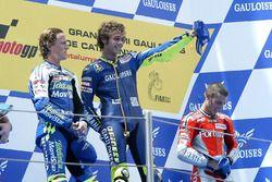 Podio: Sete Gibernau, Valentino Rossi, Marco Melandri