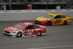 Ryan Blaney, Team Penske, Ford Fusion DEX Imaging and Joey Logano, Team Penske, Ford Fusion Shell Pennzoil