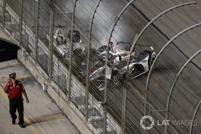 Will Power, Team Penske Chevrolet, Zachary Claman De Melo, Dale Coyne Racing Honda, accidente