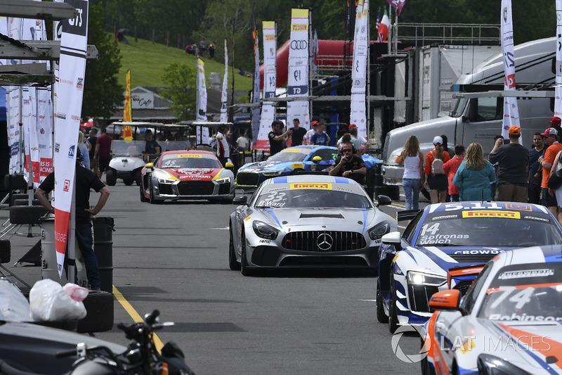 #33 Winward Racing Mercedes-AMG GT4: Bryce Ward, Russell Ward