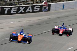 Scott Dixon, Chip Ganassi Racing Honda, Tony Kanaan, A.J. Foyt Enterprises Chevrolet