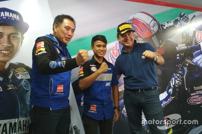 WorldSSP300: GM Motorsport & Aftersales PT. Yamaha Indonesia Motor Mfg (YIMM), M. Abidin dan Galang Hendra, Yamaha Team MotoX Racing