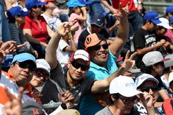 Des fans de Dragon Racing