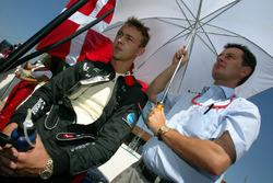 Nicolas Kiesa, Minardi in griglia con il su Manager Piers Hunnisett