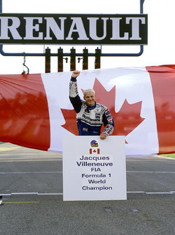 World Champion Jacques Villeneuve, Williams celebrate