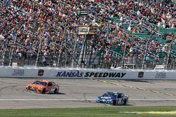 Daniel Suarez, Joe Gibbs Racing Toyota Chase Elliott, Hendrick Motorsports Chevrolet