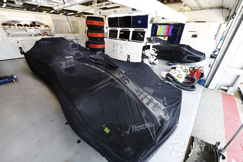 Felipe Massa and Lance Stroll''s Williams FW40 cars in the team's garage