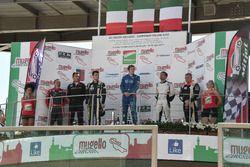 Il podio completo di Gara 3, con Riccardo Romagnoli primo classificato Over50