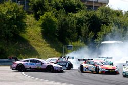 Choque de Lucas Auer, Mercedes-AMG Team HWA, Mercedes-AMG C63 DTM, Nico Müller, Audi Sport Team Abt