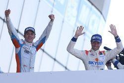 Podio: ganadores carrera #3 DKR Engineering Norma M30 - Nissan: Jean Glorieux, Alexander Toril