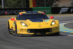№64 Corvette Racing Corvette C7.R: Оливер Гэвин, Томми Милнер, Марсель Фесслер