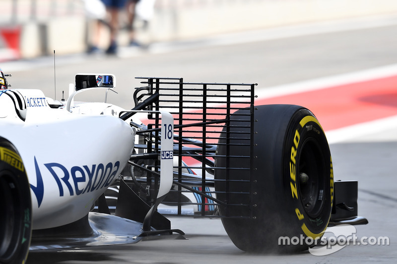 Lance Stroll, Williams FW40 with aero sensor