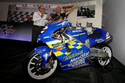 La Suzuki RGV500 avec laquelle Kenny Roberts Jr. a remporté le titre en 2000