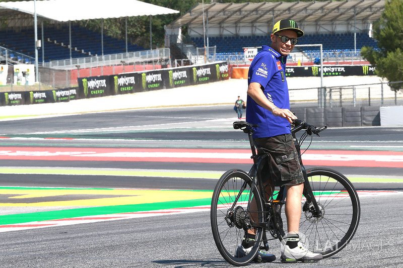Valentino Rossi di Tikungan 13