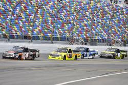 Christopher Bell, Kyle Busch Motorsports Toyota, Matt Crafton, ThorSport Racing Toyota, Austin Cindr
