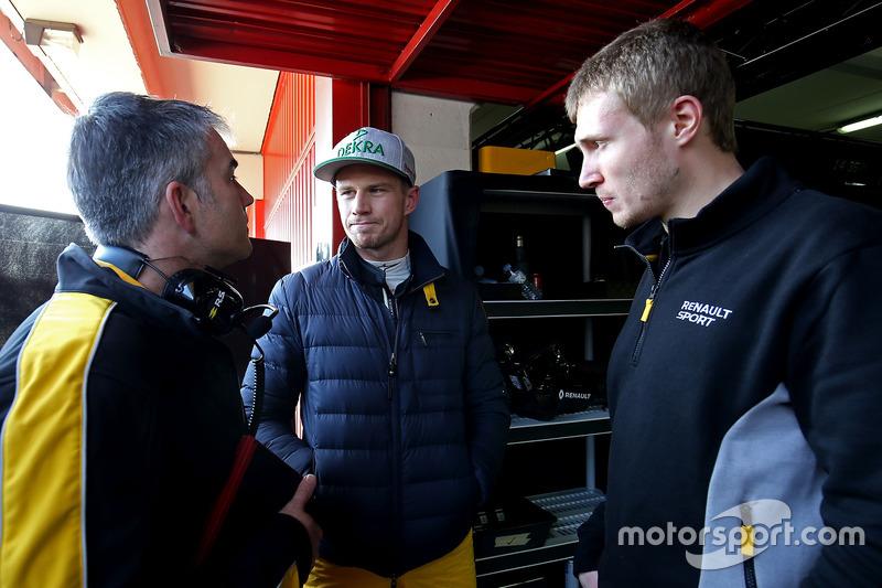 Nick Chester, Renault Sport F1 Team Chassis Technischer Direktor; Nico Hülkenberg, Renault Sport F1