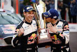 Los ganadores Sébastien Ogier, Julien Ingrassia, M-Sport