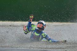 Авария: Алекс Ринс, Team Suzuki MotoGP