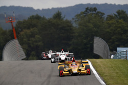 Ryan Hunter-Reay, Andretti Autosport Honda, Helio Castroneves, Team Penske Chevrolet