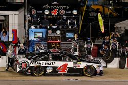 Kevin Harvick, Stewart-Haas Racing Ford pit stop