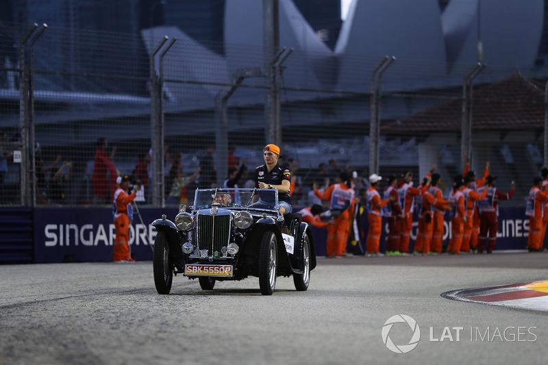Verstappen iba a ser protagonista de los primeros instantes del domingo