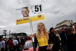 La grid girl di Nico Müller, Audi Sport Team Abt Sportsline, Audi RS 5 DTM