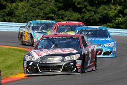 Kasey Kahne, Hendrick Motorsports Chevrolet, Kyle Larson, Chip Ganassi Racing Chevrolet