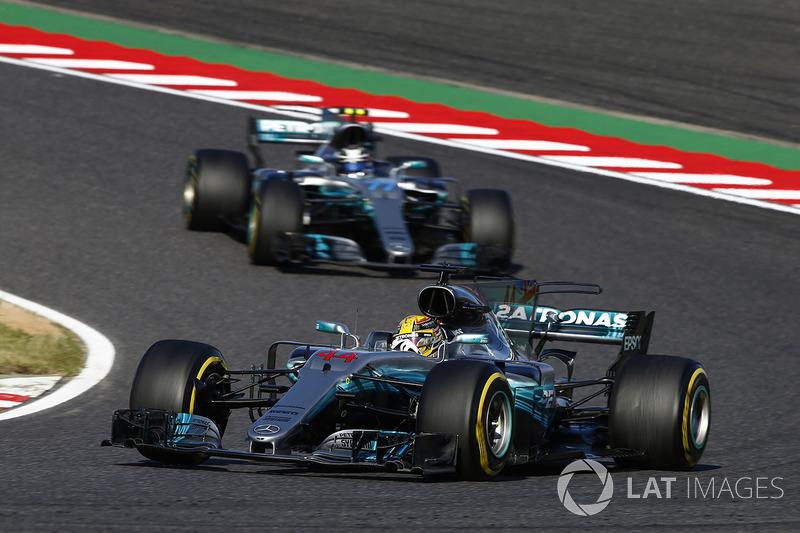 "<h3><img src=""http://cdn-1.motorsport.com/static/custom/car-thumbs/F1_2017/Mercedes.png"" alt="""" width=""250"" />Mercedes</h3>"
