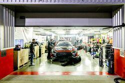№17 IDEC SPORT RACING Mercedes AMG GT3: Патрис Лафарг, Поль Лафарг, Габриэль Абергель, Албан Варутти