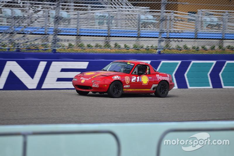 #211 MP3B Scion FR-S driven by Bryan Horowitz of Scuderia Shell Burbank