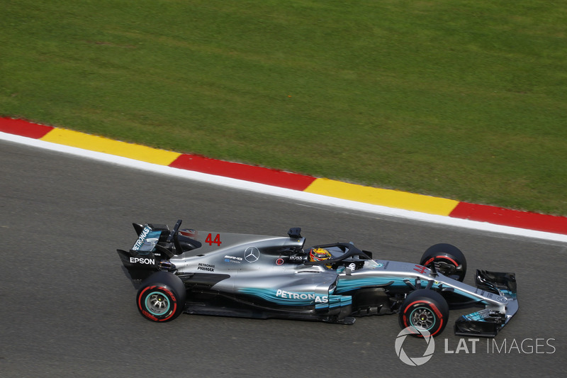 Lewis Hamilton, Mercedes-Benz F1 W08 con el Halo