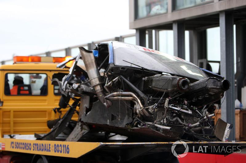 Damaged car of Alexandre Premat, Audi Sport Team Phoenix